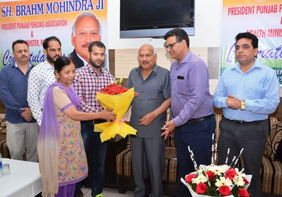 Punjab Fencing Association Felicitates Brahm Mohindra