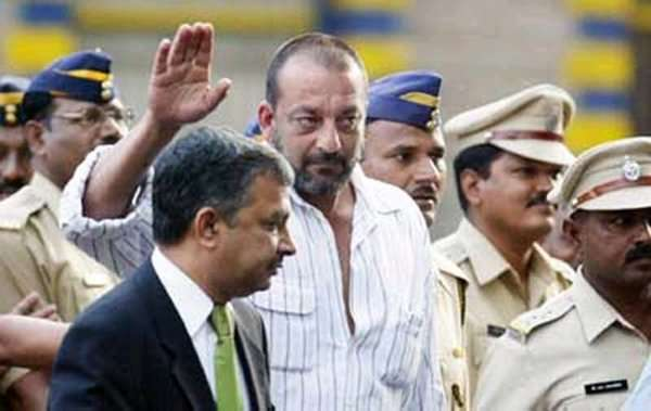 Sanjay Dutt's discipline earned him early Release: Maharashtra Govt. to HC