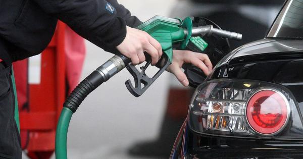 Petrol cheaper by Rs. 1/litre, diesel Rs. 2