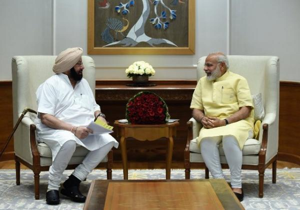 Amarinder meets Modi, seeks centre's support for industarial development in Punjab