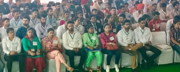 Mega job fair is mega fraud on youth: Bikram Majithia
