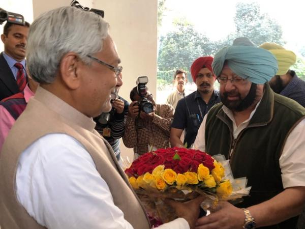 Capt Amarinder invites Nitish Kumar for Hola Mohalla celebrations