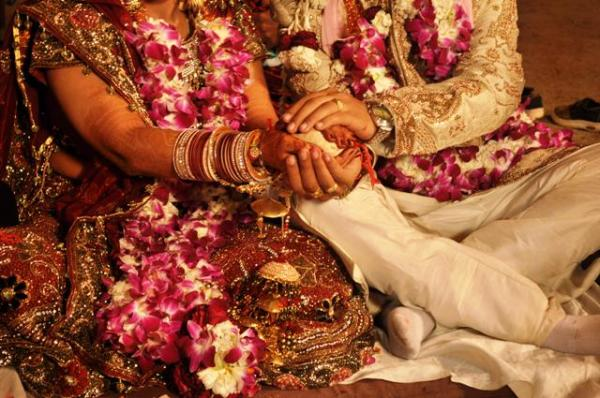 It Happens only in India: Wedding called off over all-veg menu, bride finds new groom among guests