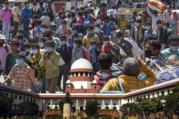 Travails of India's Citizens, called Migrants: Sr Advocates beseech Supreme Court