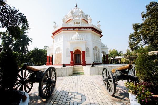 Govt takes away the control of Saragarhi Memorial from Nanaksar Dera; To handover to a trust