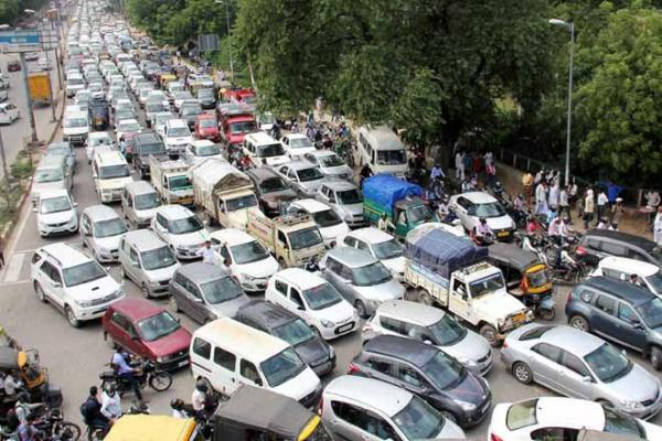 Supreme Court allows sale of diesel SUVs in Delhi