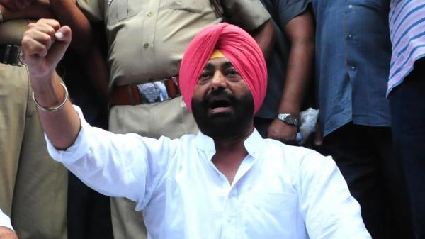 SAD demands immediate resignation of Sukhpal Khaira