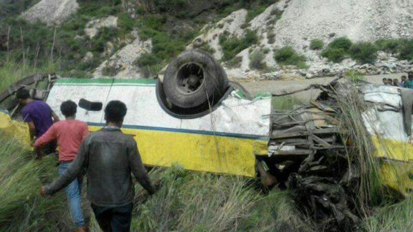 Around 30 killed, 9 injured as bus falls into Gorge near rampur in Himachal Pradesh