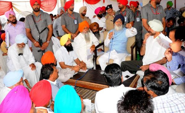 Badal lambasts AAP act of betrayal against Punjab on SYL