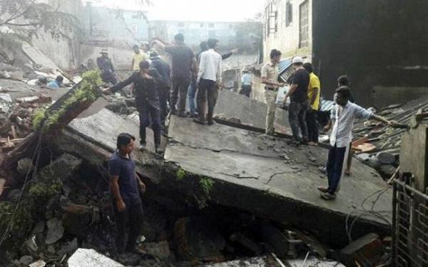 2 Dead as Building Collapses in Bhiwandi near Mumbai