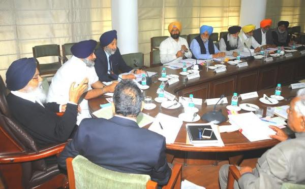 Sikh Issues, River Waters Dominate Punjab Cabinet Meet; No Water to Spare : Badal