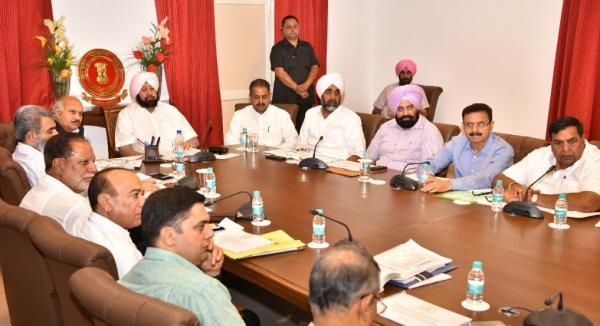 Amarinder seeks comprehensive framework to grant more autonomy to local bodies