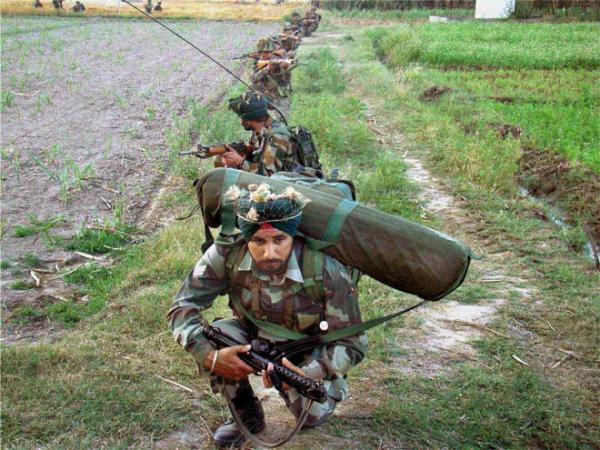 Army foils infiltration bid, 2 terrorists, 2 jawans killed in Kupwara