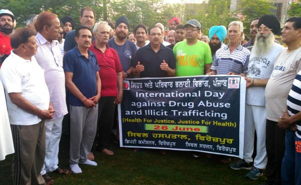 Ferozepurians led by DC express solidarity against drug abuse, participate in cycle rally