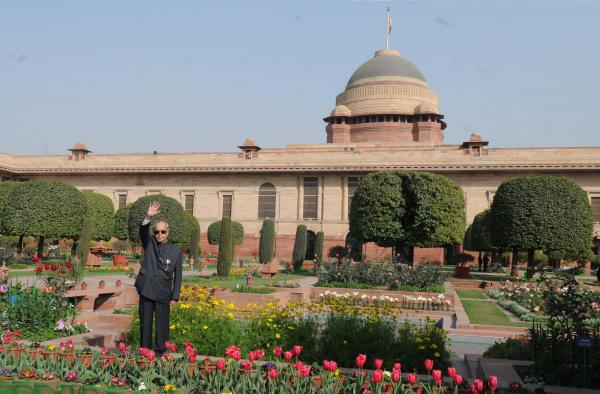 Mughal Garden in Rashtrapati Bhavan opens for general public