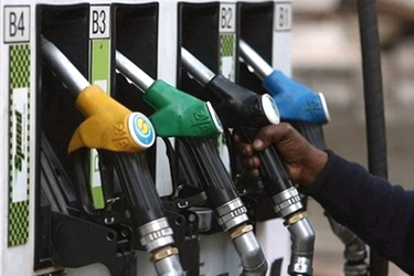 Diesel costlier by Rs. 1.47; Petrol price cut by Rs. 3